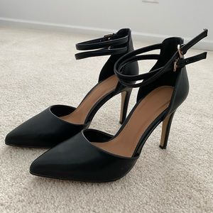 Forever 21 Pointy Toe Black Heel